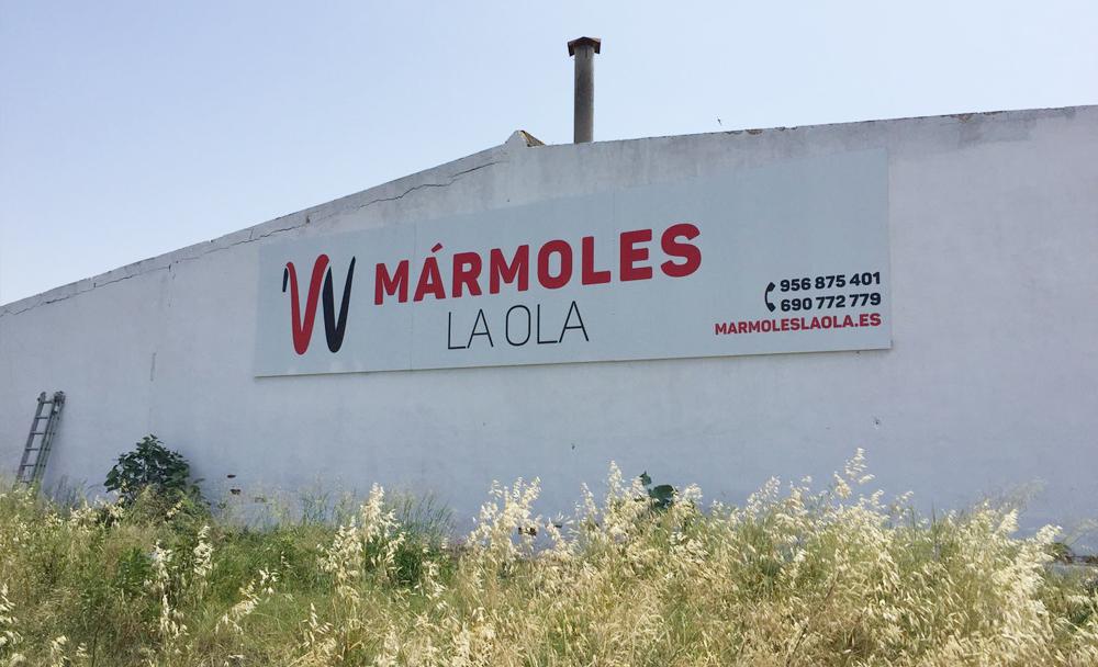 valla-publicitaria-marmoles-laola